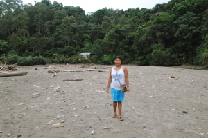 Elsa, a Napo Kichwa woman who married a coastal man and settled in Estero de Platano